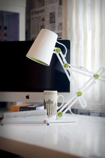 Mantra M3614 Looker Table Lamp 1 Light E27 Matt White/Green