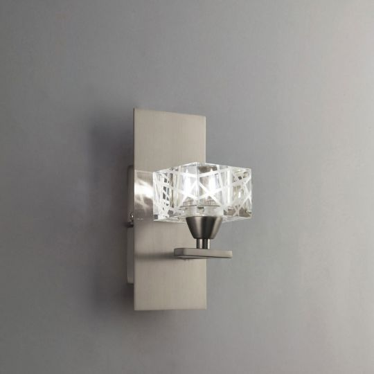 Mantra M1446SN Zen Wall Lamp 1 Light G9 Satin Nickel